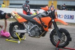 RACE SUPERMOTO KTM 95O 2004